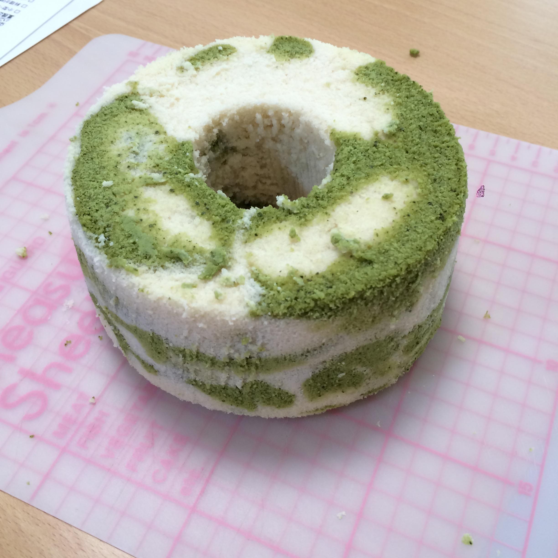 米粉の抹茶マーブルシフォン